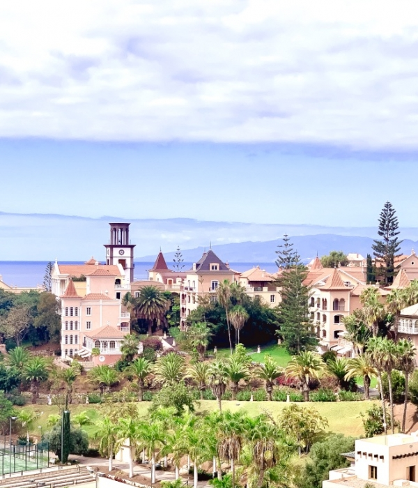 Why go to Costa Adeje (Tenerife) and where to stay